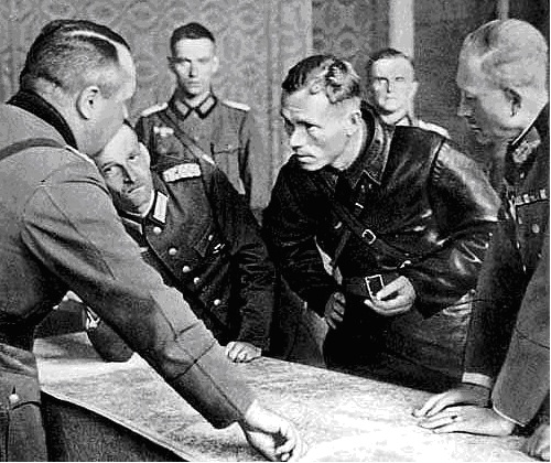 Pactul Ribbentropp-Molotov 12
