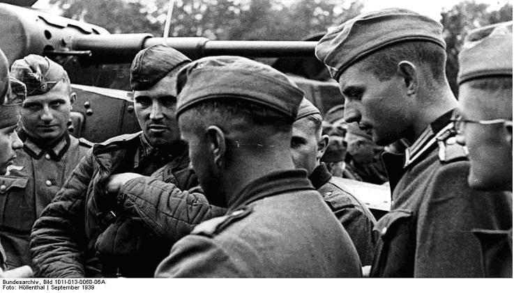 Pactul Ribbentropp-Molotov 18