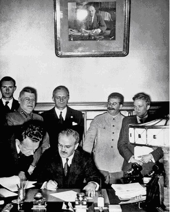 Pactul Ribbentropp-Molotov 2