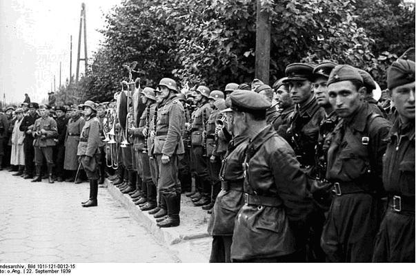 Pactul Ribbentropp-Molotov 29