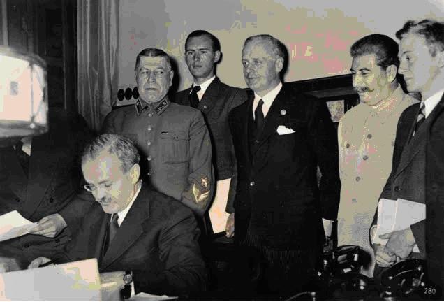 Pactul Ribbentropp-Molotov 3