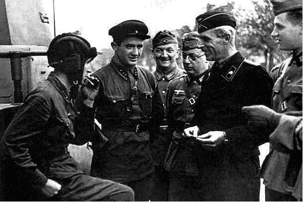 Pactul Ribbentropp-Molotov 32