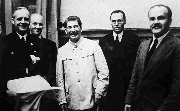 Pactul Ribbentropp-Molotov 5